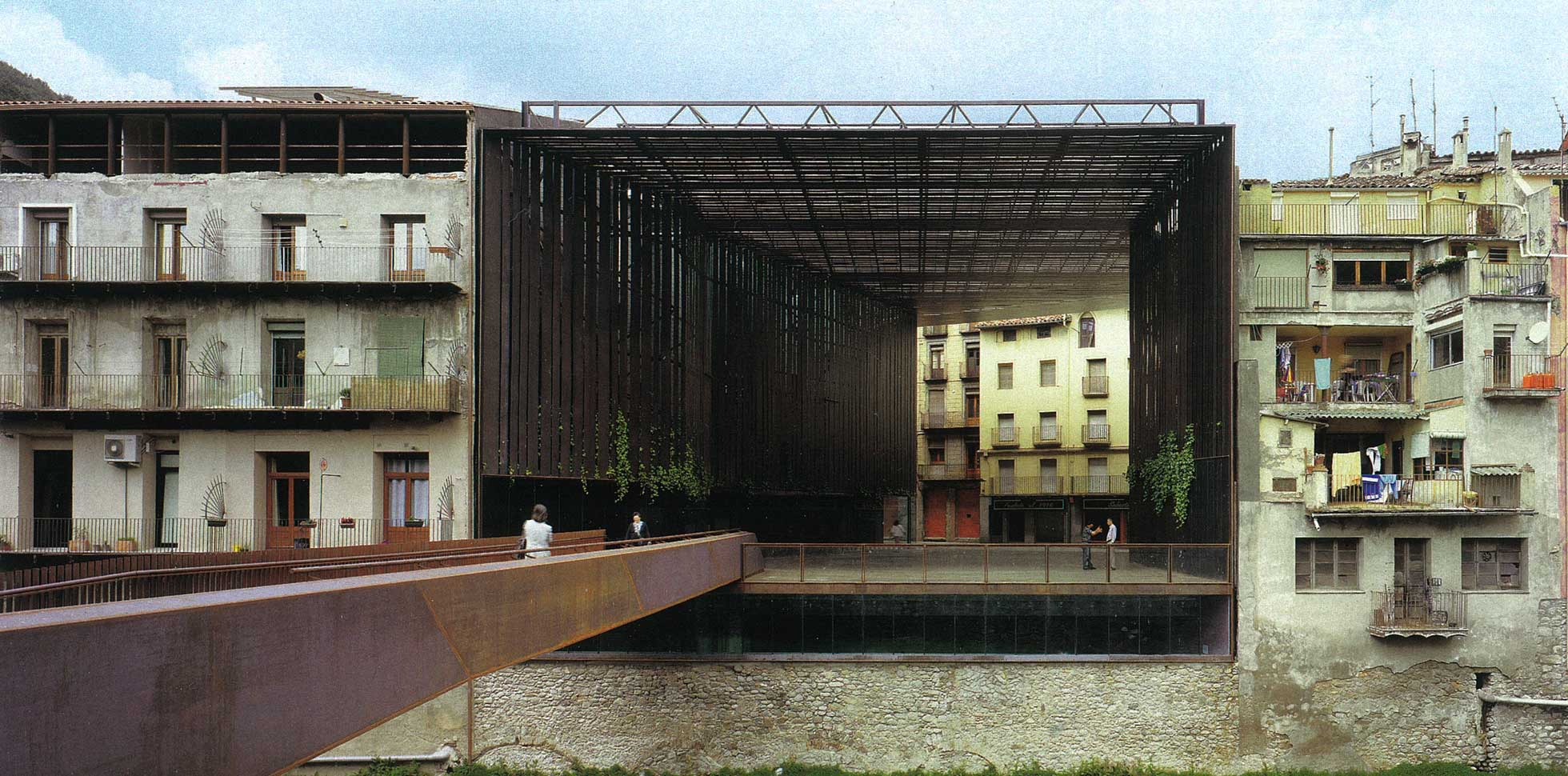 Structure architecture news for Arquitectes girona