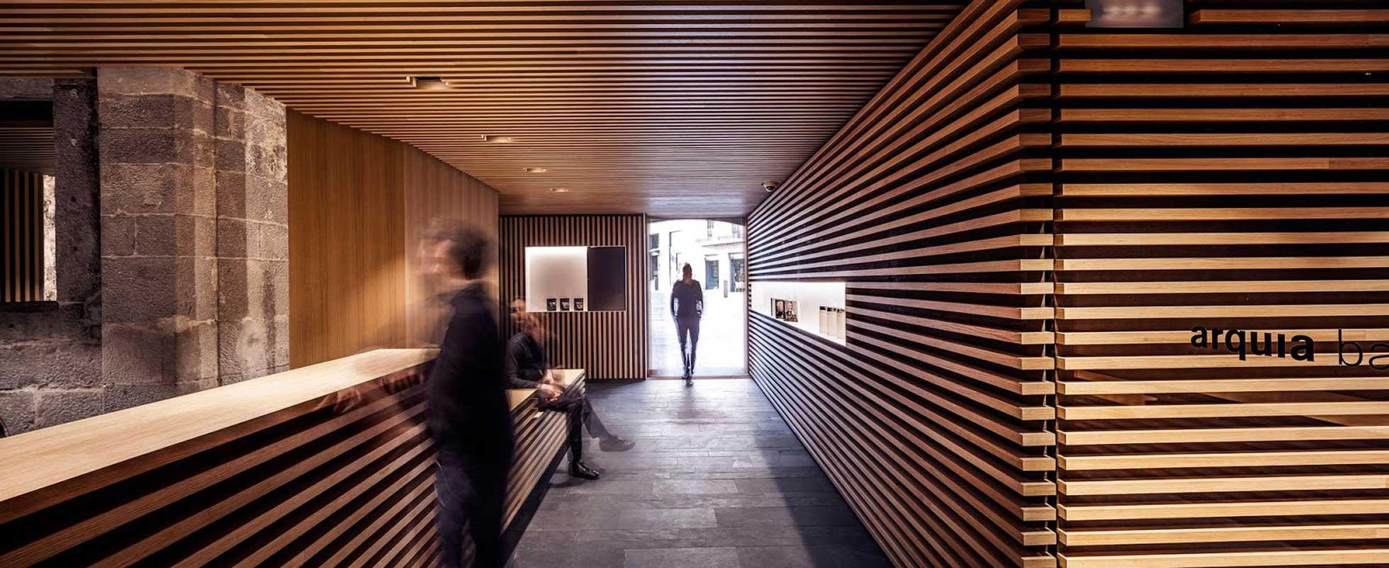 Premios fad y premios arquitectura gerona para bg for Banca pueyo oficinas