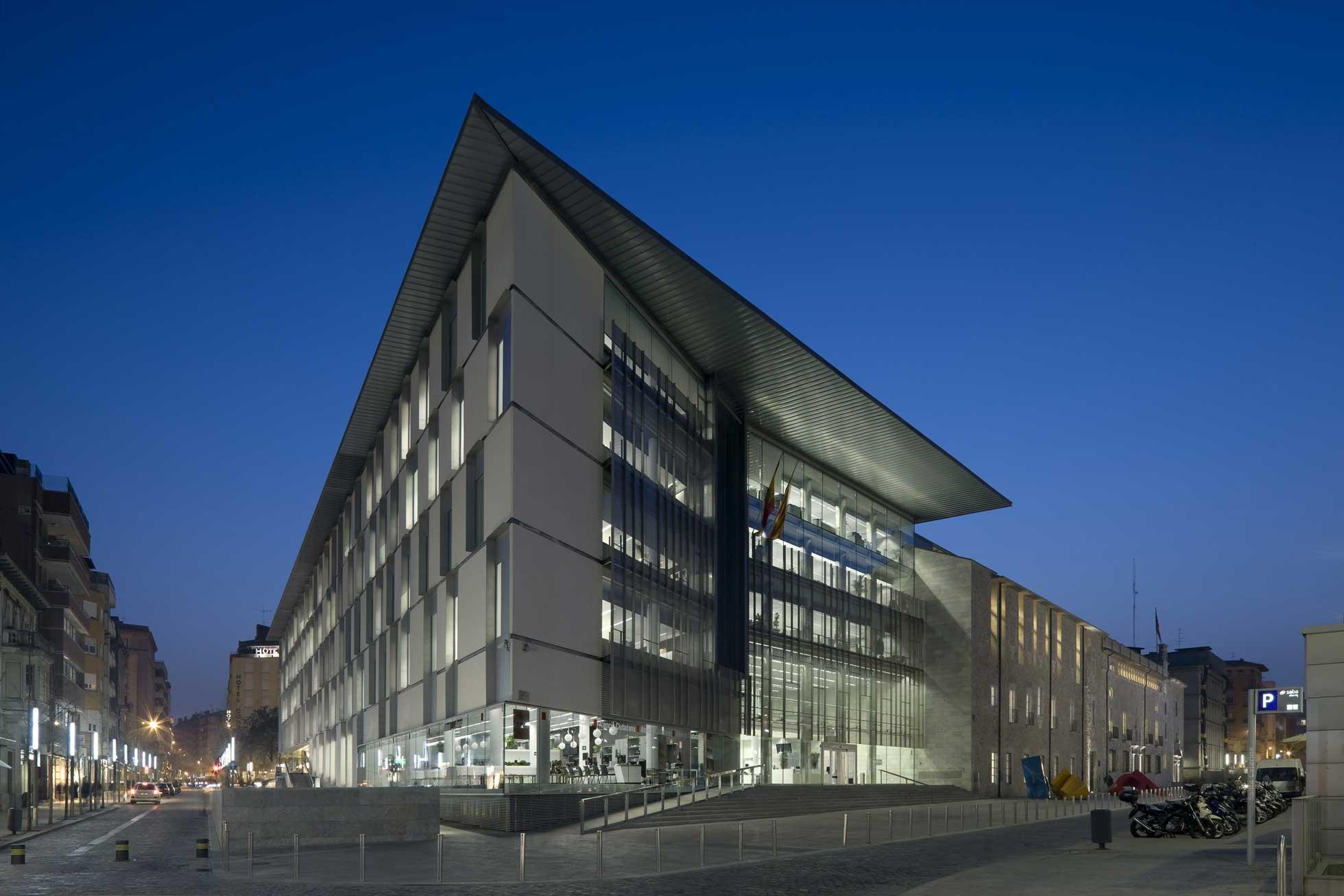 Edificio Generalitat a Girona 1