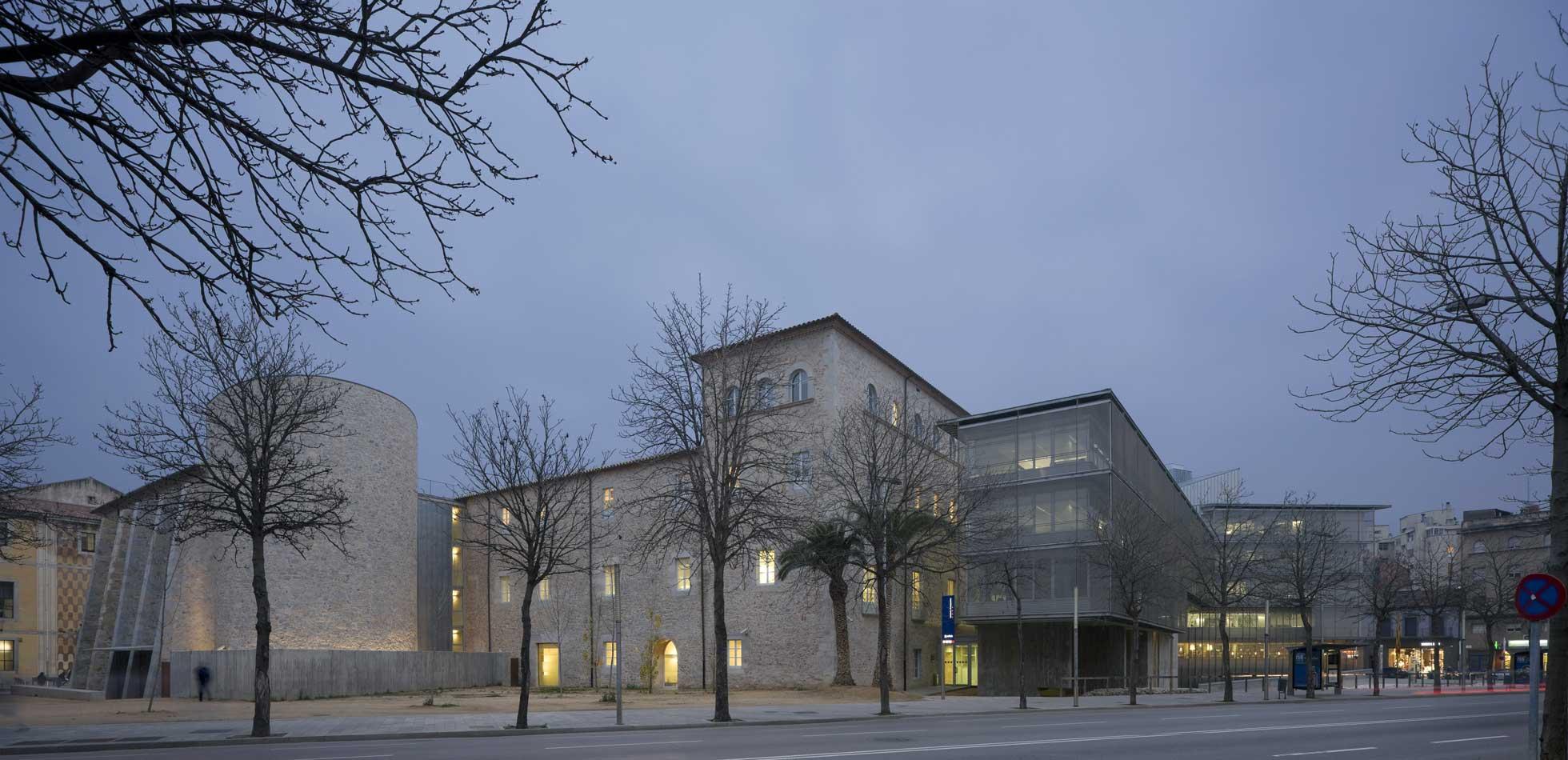 Edificio Generalitat en Girona 2