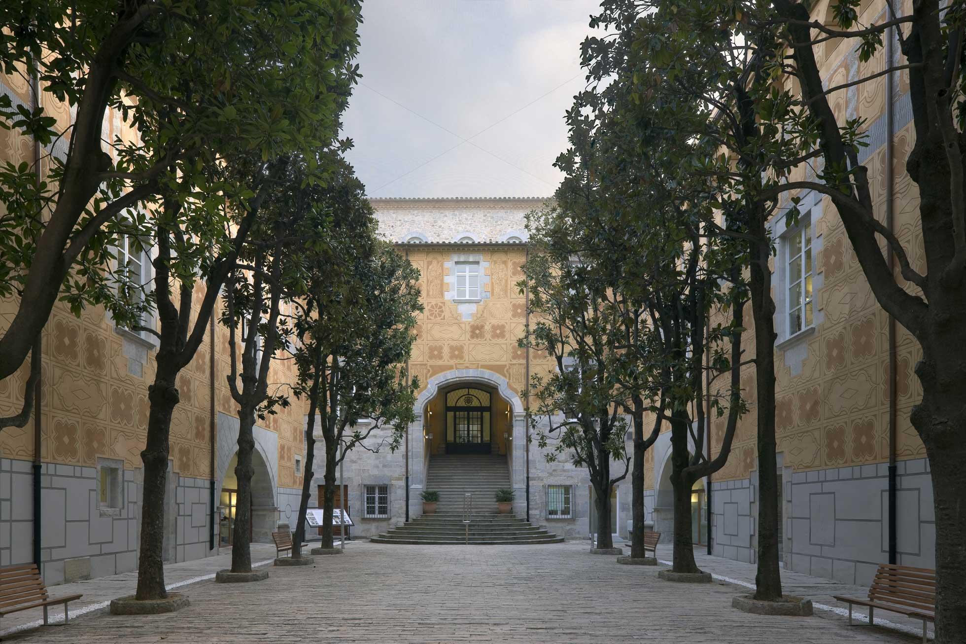 Edificio Generalitat en Girona 3